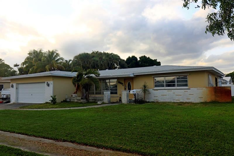8651 NW 17th Ct, Pembroke Pines, FL 33024 - #: F10280412
