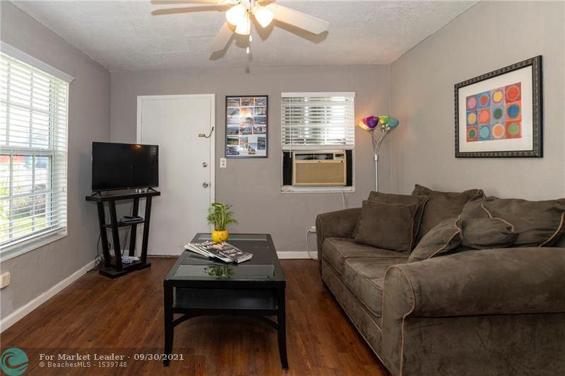 Photo of 5610 SW 37th St, Davie, FL 33314 (MLS # F10302413)