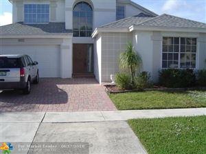 Photo of 9401 Aegean Dr, Boca Raton, FL 33496 (MLS # F10127415)
