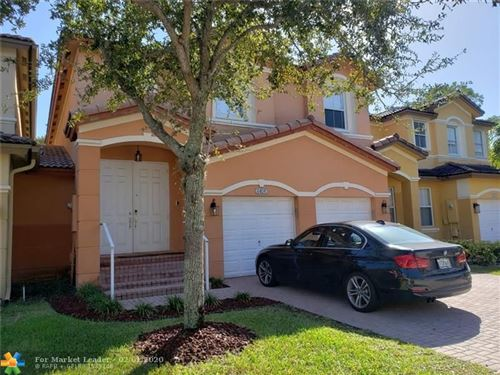 Photo of Listing MLS f10214415 in 8401 NW 114th Path Doral FL 33178
