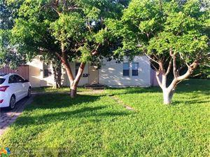 Photo of 823 NE 14th Pl, Fort Lauderdale, FL 33304 (MLS # F10184416)