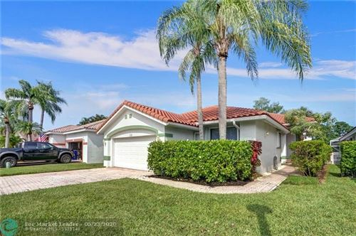 Photo of Listing MLS f10229417 in 1150 Bel Aire Drive West Pembroke Pines FL 33027