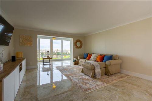 Photo for 111 SE 3 Avenue #605, Dania Beach, FL 33004 (MLS # F10280417)