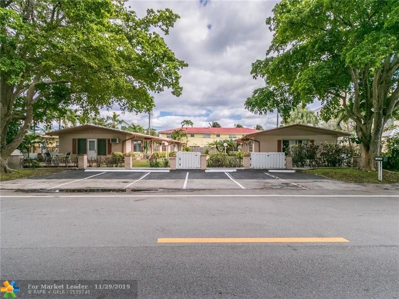 Photo of 4220 Seagrape Dr, Lauderdale By The Sea, FL 33308 (MLS # F10204417)