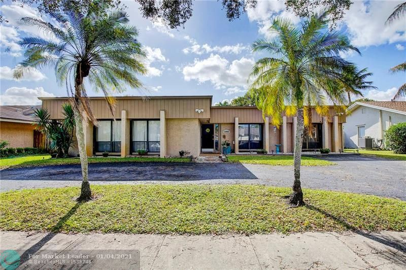 10450 SW 50th Pl, Cooper City, FL 33328 - #: F10264417