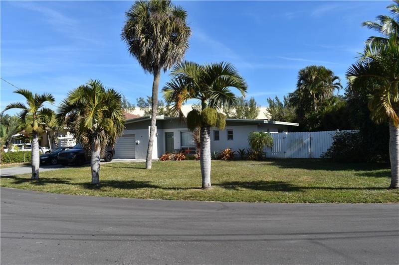 Photo of 526 NE 8th Ave, Deerfield Beach, FL 33441 (MLS # F10268419)