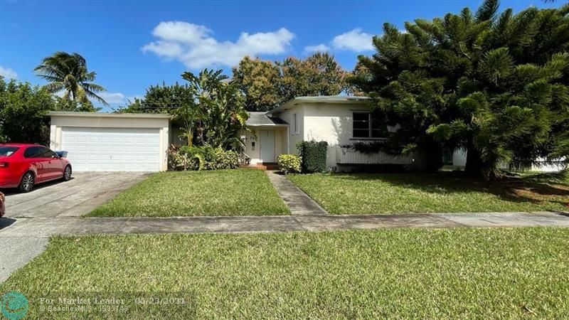 Photo of 736 W Evanston Cir, Fort Lauderdale, FL 33312 (MLS # F10273419)