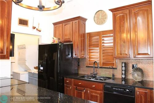 Photo of 4225 Bougainvilla Dr, Lauderdale By The Sea, FL 33308 (MLS # F10259423)