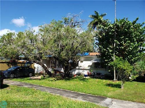 Photo of 435 NE 114th St, Miami, FL 33161 (MLS # F10305429)