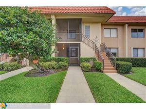 Photo of 398 Lakeview Dr #103, Weston, FL 33326 (MLS # F10184431)