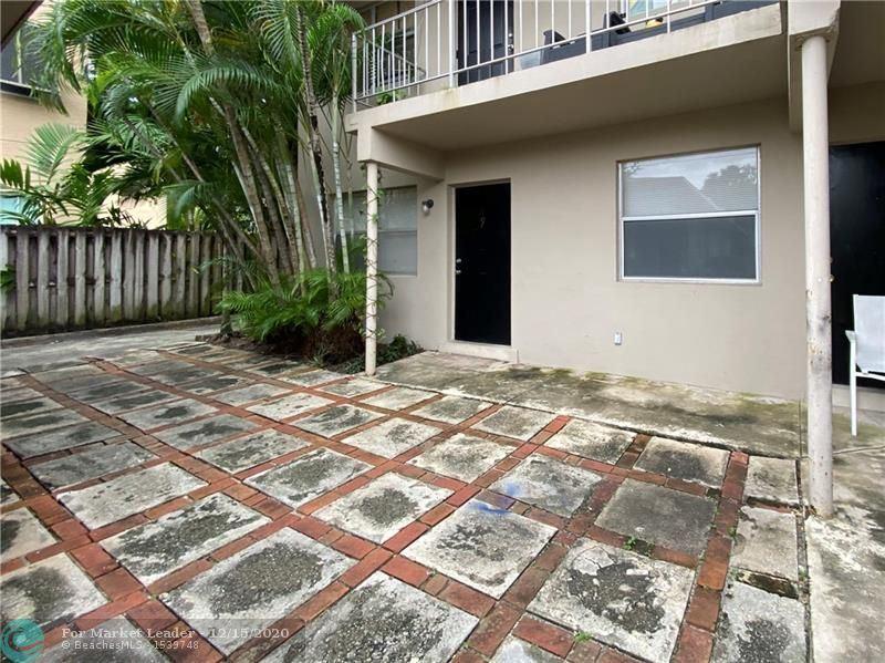 Photo of 1200 SE 1st St, Fort Lauderdale, FL 33301 (MLS # F10255431)