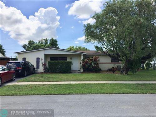 Photo of 321 SW 65th Ave, Pembroke Pines, FL 33023 (MLS # F10301436)