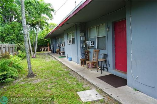 Photo of 715 NW 15th Ter, Fort Lauderdale, FL 33311 (MLS # F10295441)