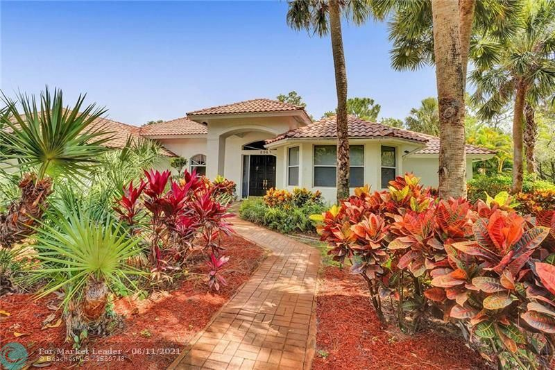 Photo for 6960 NW 67th Ct, Parkland, FL 33067 (MLS # F10288448)