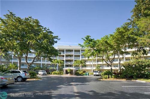 Photo of 805 Cypress Blvd #404, Pompano Beach, FL 33069 (MLS # F10255449)
