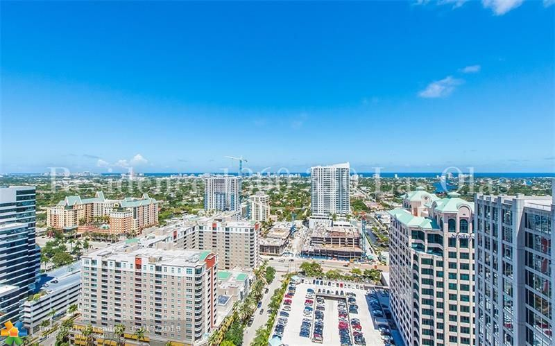 Photo for 350 SE 2nd St #1860, Fort Lauderdale, FL 33301 (MLS # F10175452)