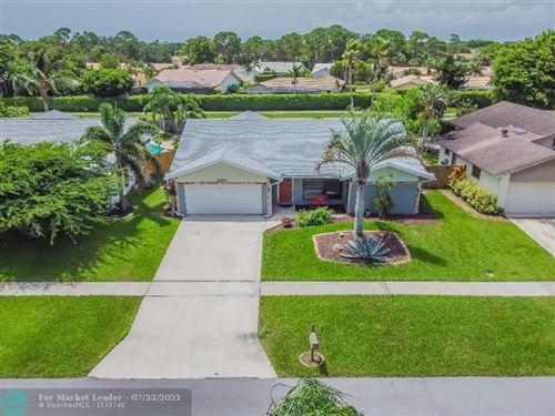 Photo of 6354 Amberwoods Dr, Boca Raton, FL 33433 (MLS # F10293454)