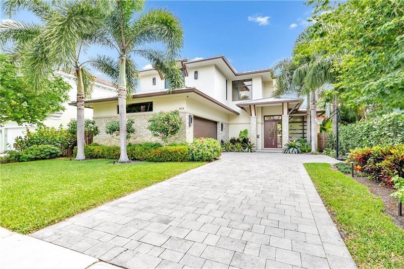 Photo of 404 NE 13th Ave, Fort Lauderdale, FL 33301 (MLS # F10281455)