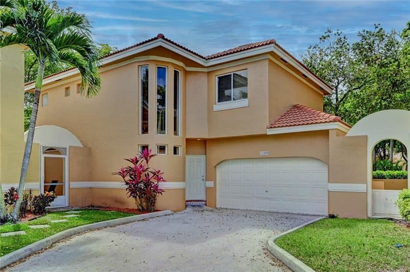 11295 Lakeview Dr, Coral Springs, FL 33071 - MLS#: F10276456