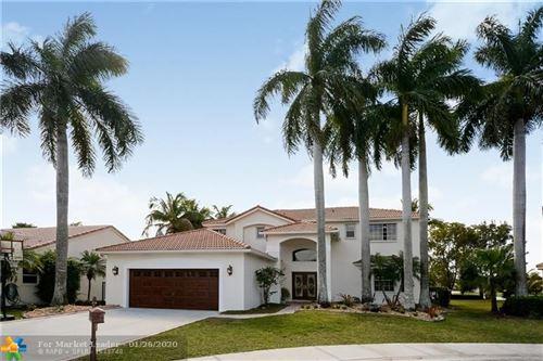 Photo of 350 Fairmont Way, Weston, FL 33326 (MLS # F10213460)