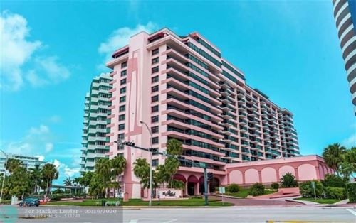Photo of Listing MLS f10229461 in 5225 Collins Ave #1414 Miami Beach FL 33140