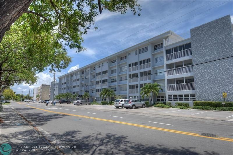 329 SE 3rd St #303T, Hallandale Beach, FL 33009 - #: F10245461