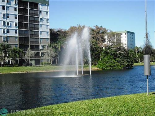 Photo of 2314 S Cypress Bend Dr #515, Pompano Beach, FL 33069 (MLS # F10231462)