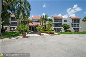 Photo of 120 Lakeview Dr #310, Weston, FL 33326 (MLS # F10182463)