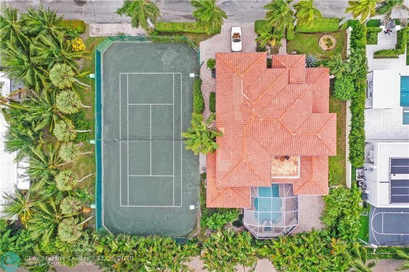 Photo of 930 NE 24th St, Boca Raton, FL 33431 (MLS # F10260464)