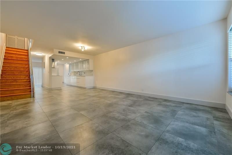 Photo of 6047 Bayview Dr #6047, Fort Lauderdale, FL 33308 (MLS # F10302465)
