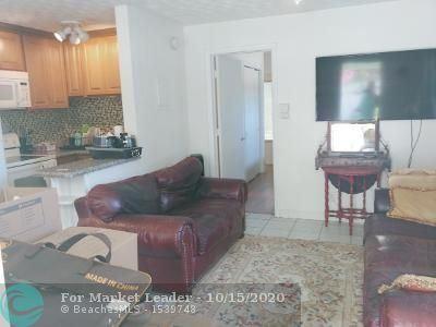 Photo of 627 NE 17 way #1, Fort Lauderdale, FL 33304 (MLS # F10253468)