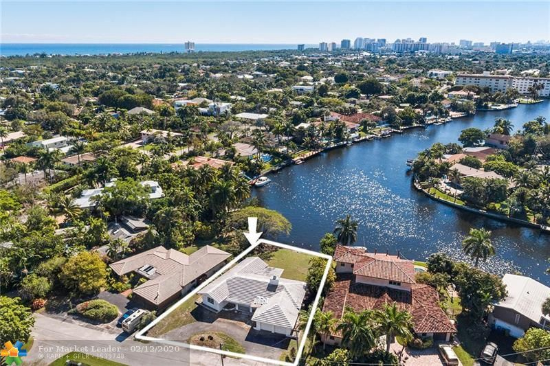 Photo for 2418 Fryer Pt, Fort Lauderdale, FL 33305 (MLS # F10214471)