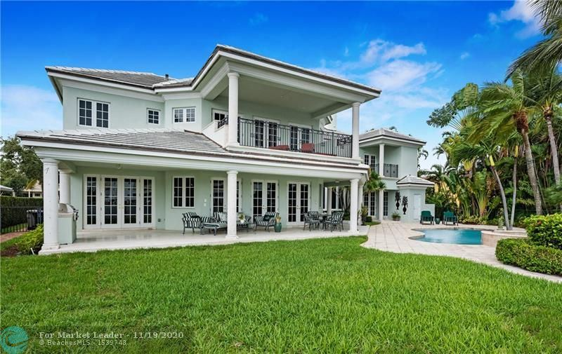 Photo of 400 Isle Of Palms Dr, Fort Lauderdale, FL 33301 (MLS # F10256472)