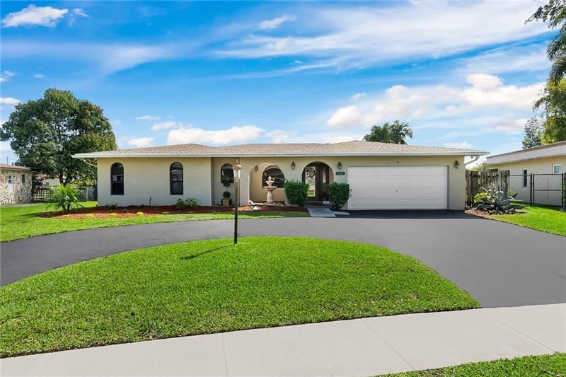 1010 NW 76th Ave, Plantation, FL 33322 - MLS#: F10275472