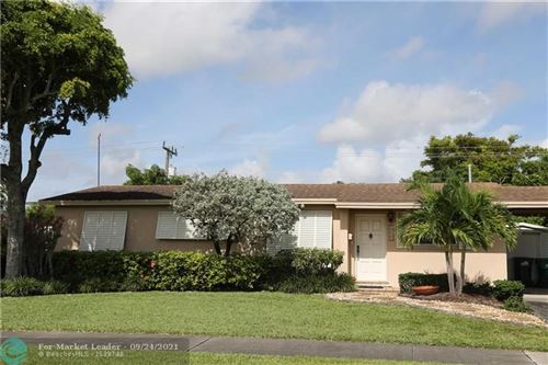 Photo of 2840 SW 92nd Pl, Miami, FL 33165 (MLS # F10301474)