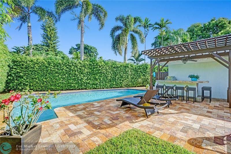 Photo of 4231 NE 29th Ave, Fort Lauderdale, FL 33308 (MLS # F10305474)