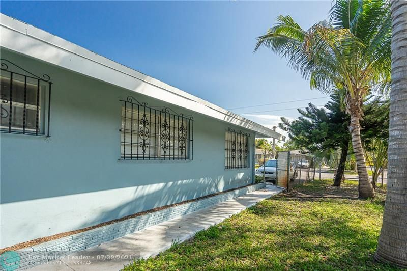 Photo of 1201 NW 5th Ave, Fort Lauderdale, FL 33311 (MLS # F10294475)