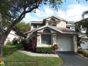 Photo of 2165 Discovery Cir, Deerfield Beach, FL 33442 (MLS # F10199484)