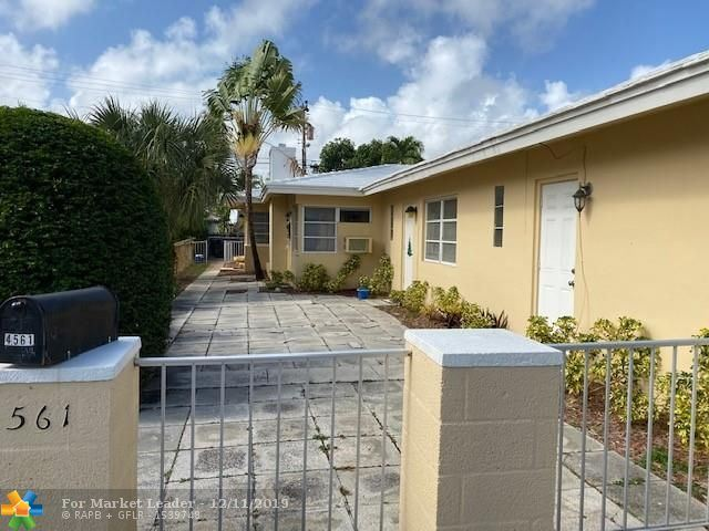Photo of 4561 Poinciana St #4, Lauderdale By The Sea, FL 33308 (MLS # F10206494)