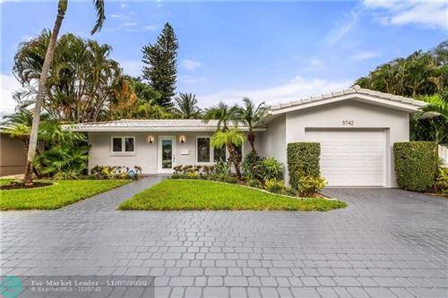 Photo of 5742 NE 15th Ave, Fort Lauderdale, FL 33334 (MLS # F10249499)