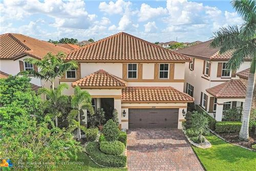 Photo of 10311 Lake Vista Ct, Parkland, FL 33076 (MLS # F10192502)
