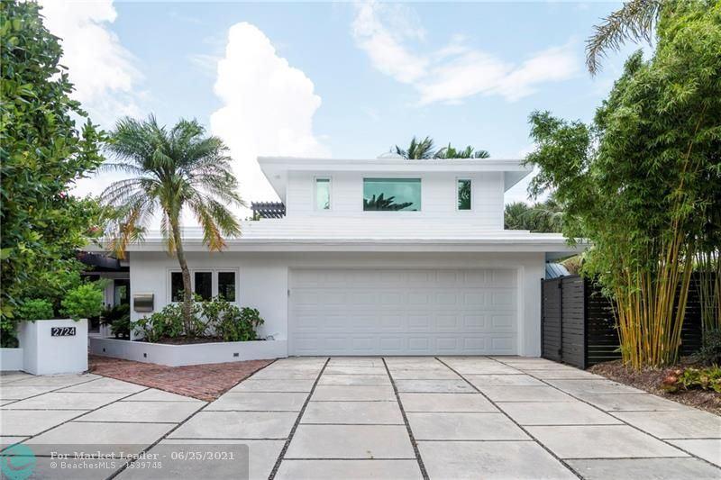 Photo of 2724 NE 27th Ct, Fort Lauderdale, FL 33306 (MLS # F10289502)