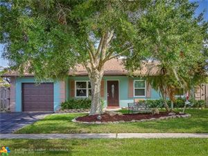 Photo of Listing MLS f10176510 in 9548 Richmond Cir Boca Raton FL 33434