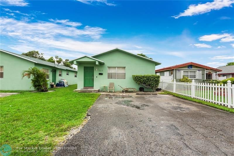 Photo of 615 NW 3rd Ct, Hallandale, FL 33009 (MLS # F10254511)