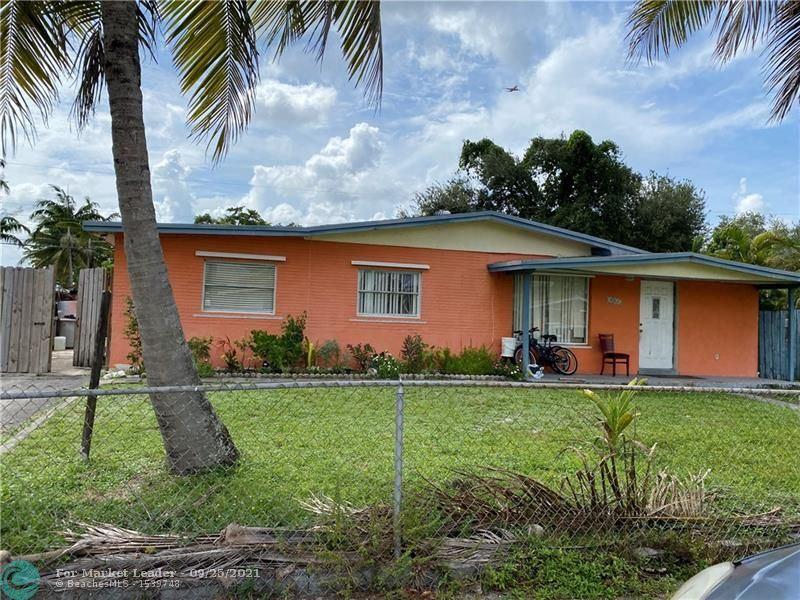 Photo of 3861 SW 59th Ave, Davie, FL 33314 (MLS # F10300513)