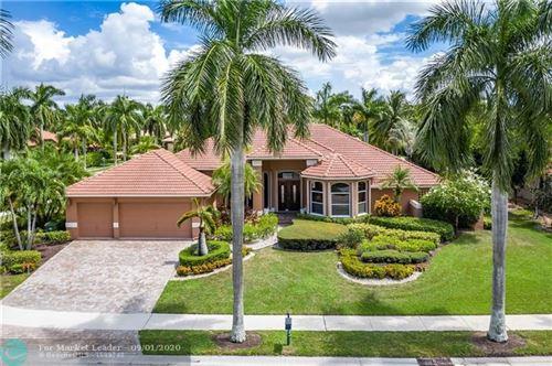 Photo of 2708 Cypress Mnr, Weston, FL 33332 (MLS # F10185516)