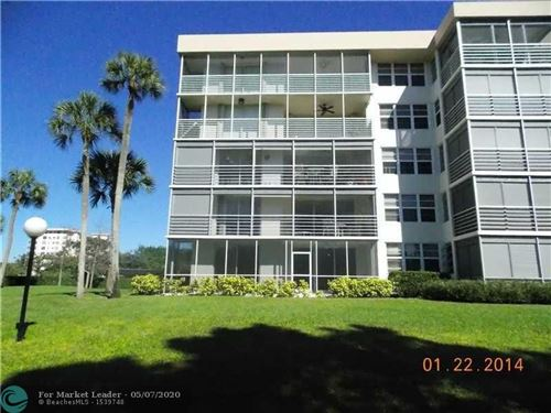 Photo of Listing MLS f10226516 in 535 Oaks Dr #110 Pompano Beach FL 33069
