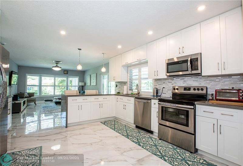 8671 NW 27th St., Coral Springs, FL 33065 - #: F10300518