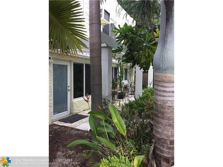 Photo of 21 SE 11th Ave, Fort Lauderdale, FL 33301 (MLS # F10036519)