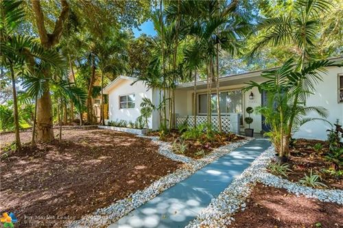 Photo of Listing MLS f10214520 in 2000 N 38th Ave Hollywood FL 33021